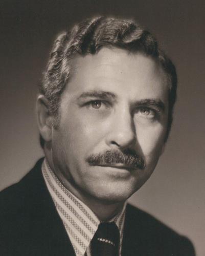 Photo of architect Walter Wildman